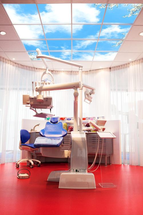 http://www.ledsgogreener.nl/web/images/uploads/Nieuws/foto_panelen_bij_tandartsen.jpg