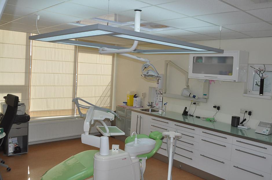 Verlichting behandelkamer tandarts Sang Ajang - LedsGoGreener